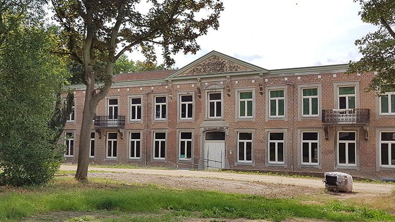 Klooster Hoogcruts in Noorbeek